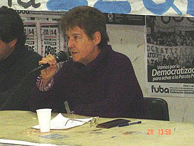 Nora Ciapone CIMIENTOS